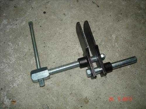 Honda NC750 NC700 Bremsbeläge wechseln